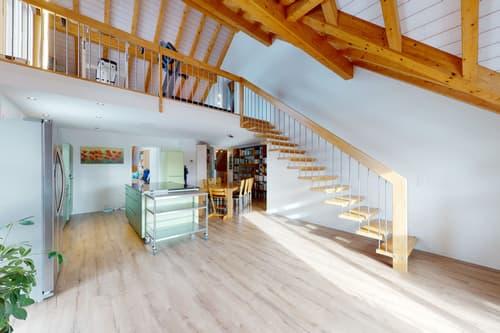 Moderne und hochwertige 5½ Zi-Wohnung mit Galerie