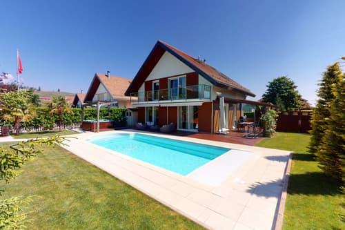 Villa de 4 niveaux aménagés - Jardin, piscine, jacuzzi, fitness