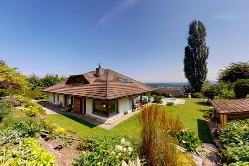 Splendide villa de 1 ou 2 logements avec magnifique jardin et piscine