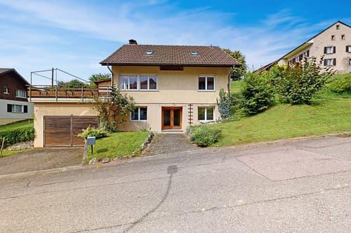 5.5-Zimmer-Einfamilienhaus mit grossem Grundstück
