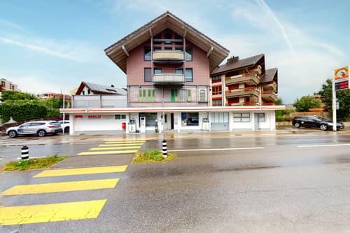 Gepflegtes Wohn- und Geschäftshaus an zentraler Lage