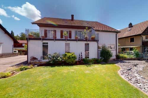 Grosszügiges Mehrgenerationen Haus mit Garten