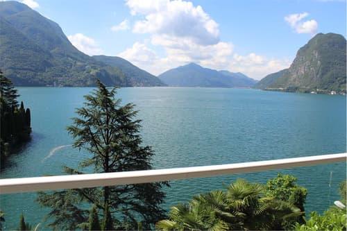 Elegante villa con suggestiva vista lago