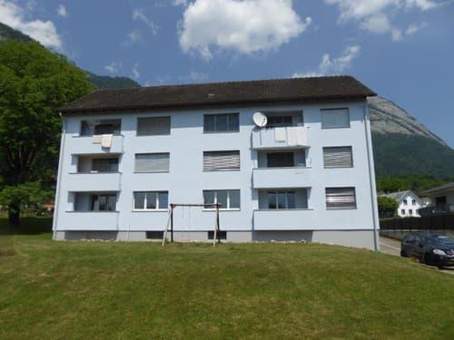 Moderne helle renovierte 4.5 Zimmerwohnung in zentrale aber ruhige Lage