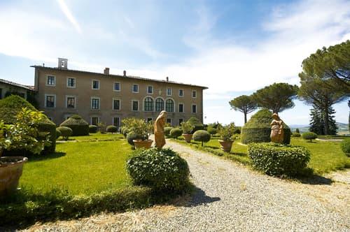 Agriturismo Fattoria Solaio - Albergo con Vigneti in vendita, Toscana