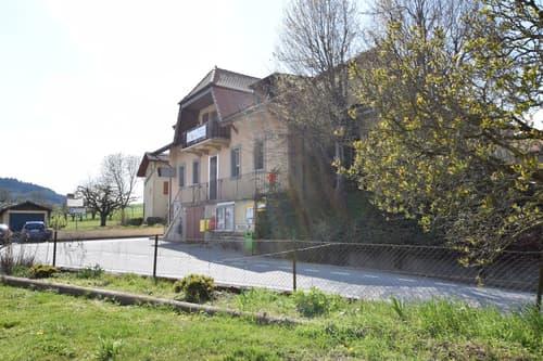 Grand potentiel et surfaces au centre du village