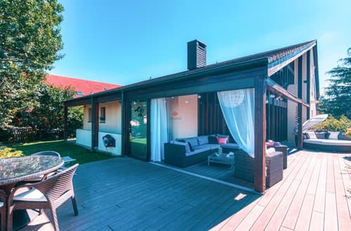 Villa individuelle de deux logements: Charme, beaux volumes et jardin