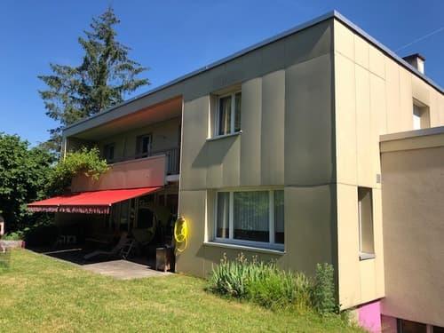 Grosszügiges 8.5 Zimmer Einfamilienhaus
