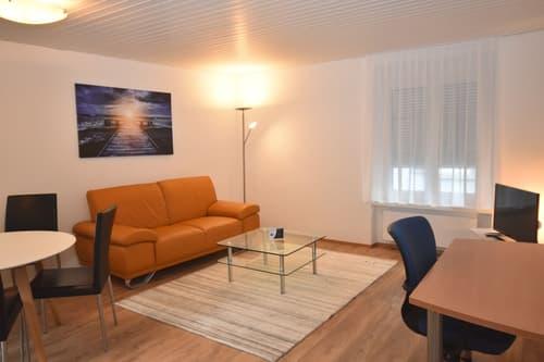 Schone 2 Zimmer Wohnung in ruhiger Seitenstraße