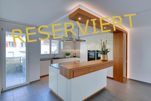 4 .5-Zimmer-Wohnung mit verglastem Balkon und Top-Küche