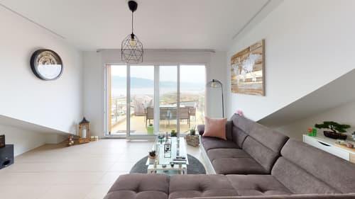 Appartement étage - Séjour et balcon