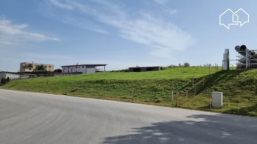Terrain de 4691m² en zone d'activités 1 à Romont