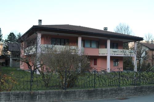 MONTHEY - Maison familiale de style italien de 10 pièces (deux logements)