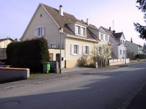 Hegenheim Maison d'environ 110 m² avec dépendances