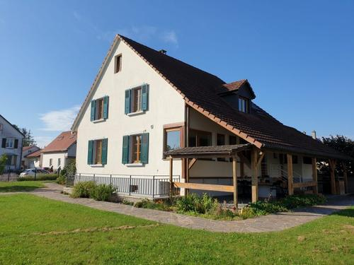 Hésingue Maison meublée de 167 m² sur 11,65 ares de terrain