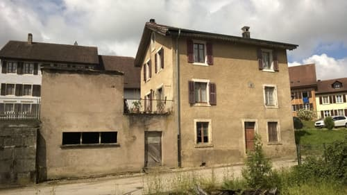 Maison de 8 pièces à rénover