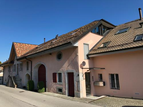 TO SUBLEASE IN BUCHILLON, BEAUTIFUL UNFURNISHED DUPLEX-APARTMENT
