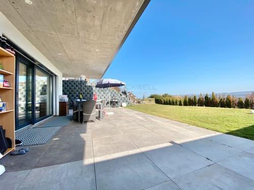 Duplex contemporain avec vue sur le lac!