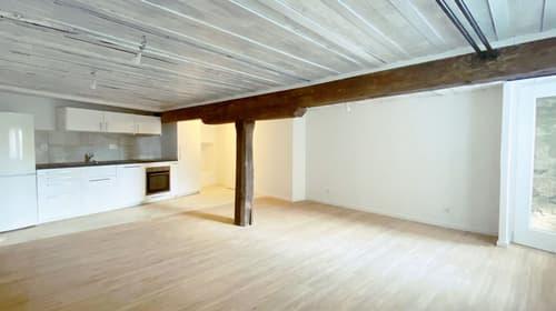Studio spacieux avec cachet dans le vieux bourg - LOT 1