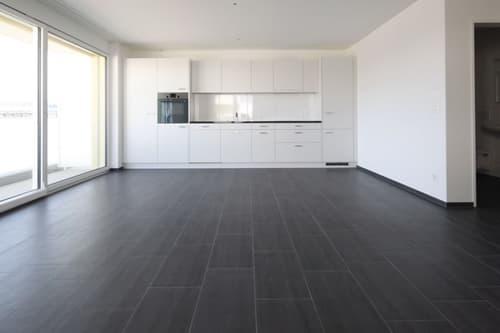 Schöne, helle Wohnung im Eigentums-Standard (1)