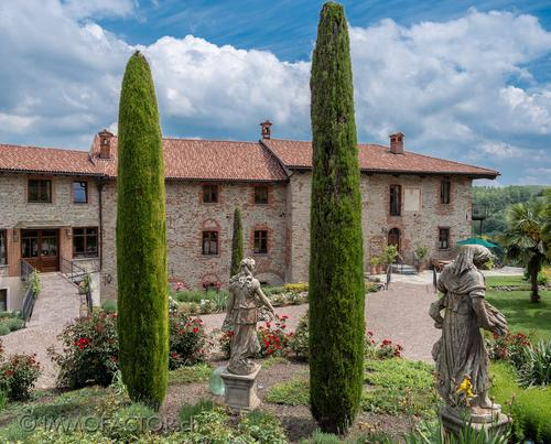Historic property in the sunny hills of southern Piedmont