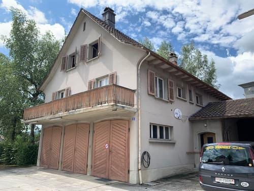 Einfamilienhaus mit grosszügigem Umschwung. Gestalten Sie auf drei Etagen Ihre Wohnoase oder bauen Sie auf 575m2 Ihr Traum-Objekt