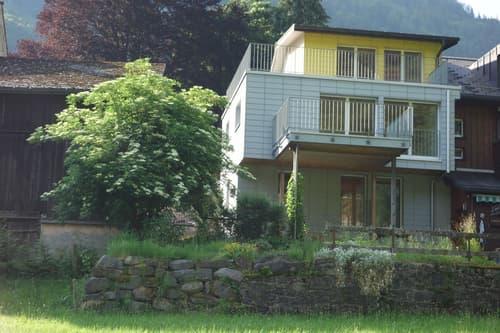 Renoviertes Einfamilien-Eckhaus an ruhiger Wohnlage