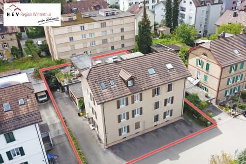 Zusammengebautes Mehrfamilienhaus mit 6 Wohneinheiten und 2 Ateliers