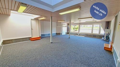 Locaux commerciaux / bureaux de 120 m2 à Pensier / FR