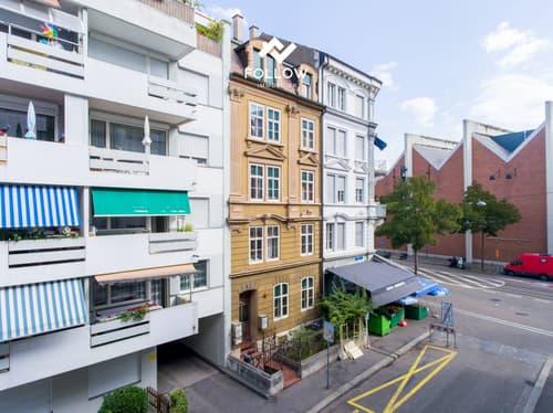 Mehrfamilienhaus mit fünf 3.5-Zi.-Wohnungen / Immeuble d'appartements avec cinq appartements de 3,5 pièces