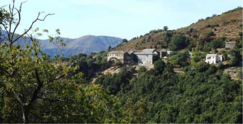 Somptueuse maison de Maître vue époustouflante sur les montagnes