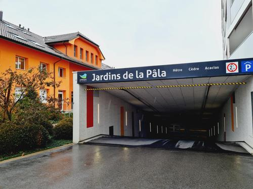 Place de parc intérieure au prix de CHF 130.-/mois