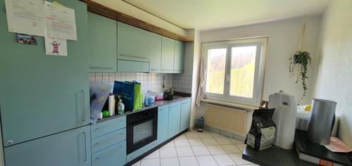 Appartement de 3.5 pièces au dernier étage au prix de CHF 1'140.- charges comprises