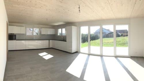 Villa en duplex de 5.5 pièces de 120 m2,  Prix:  2'750.- avec les charges