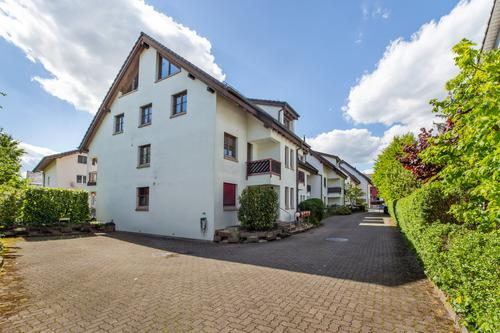 Helle und ruhige 4.5-Zimmer-Maisonettewohnung mit Aussicht (1)