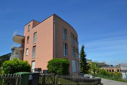 Zu verkaufen exklusive Maisonette-/Attikawohnung mit grosser Terrasse und 2 grossen Balkonen