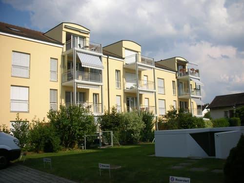 Geräumige Wohnung an guter Lage in Hausen b. Brugg.