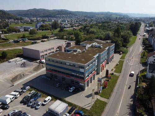 Attraktive Büroräumlichkeiten beim Autobahn-Kreuz-Oftringen (1)