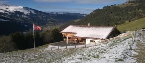 absolutes Bijou mit einzigartiger Panoramaaussicht im Berneroberland (1)