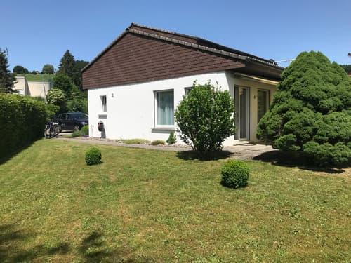 2,5 Zi-Einfamilienhaus mit grossem Garten (1)