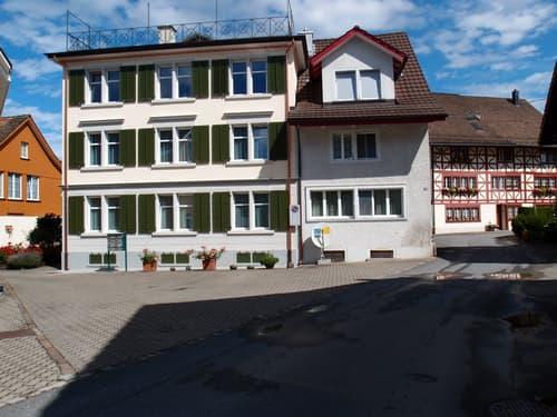 Sehr sonnige, bequem gelegene 3-Zimmer-Wohnung (1)