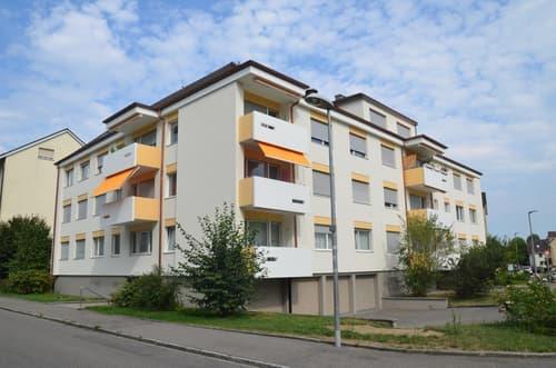 Helle 2.5-Zimmerwohnung mit Balkon (1)