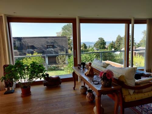 Elegante und geräumige Villa / Elegant and spacious villa