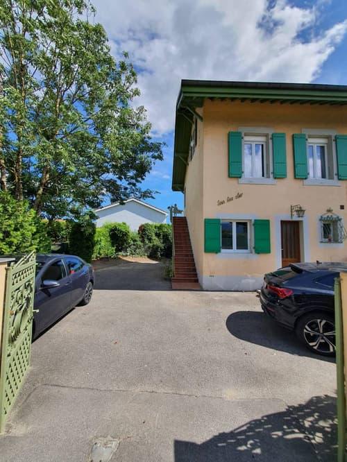 Appartement de 5 pièces à louer dans petit immeuble (1)
