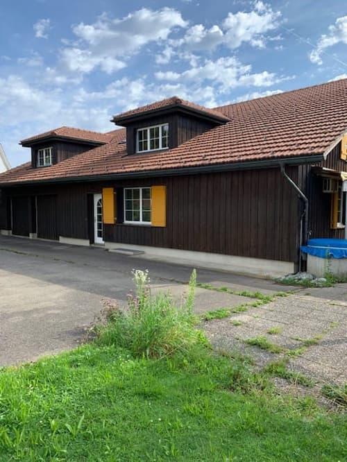 Wohnhaus/Atelier im Grünen (1)