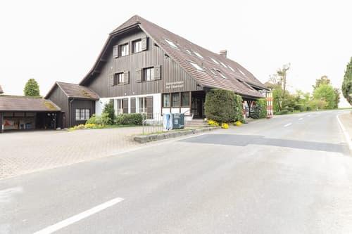 Schönes Bauernhaus (nicht unter Denkmalschutz) mit viel Potential (1)