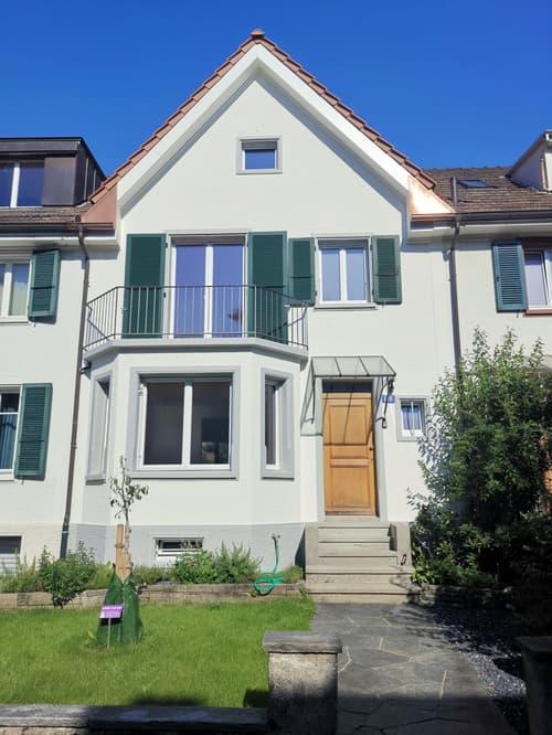 Grosszügiges Reiheneinfamilienhaus frisch renoviert im schönen Neubad