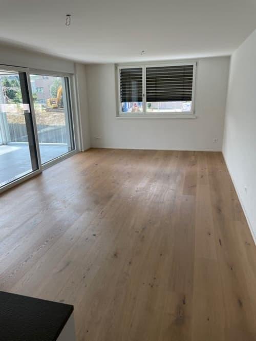 Helle und moderne 4,5 Zimmer-Wohnung in Therwil (1)