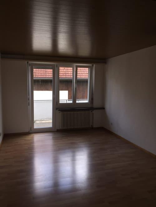 Studio im Dorfzentrum mit Balkon