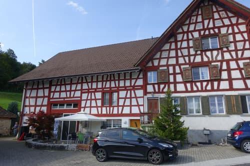 Dachwohnung in Aawangen (1)